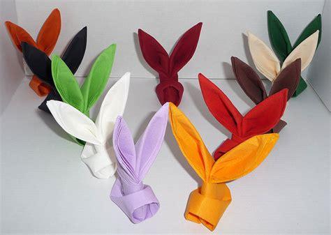pliage de serviette de table en forme de lapin table de paques d 233 coration pour p 226 ques