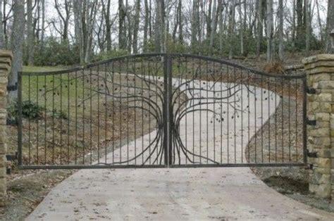 fancy entrance gates a fancy driveway gate driveway gates pinterest trees beautiful and we