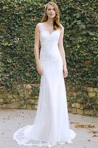 floral modern fit and flare sleeveless v neck white tulle With fit and flare tulle wedding dress