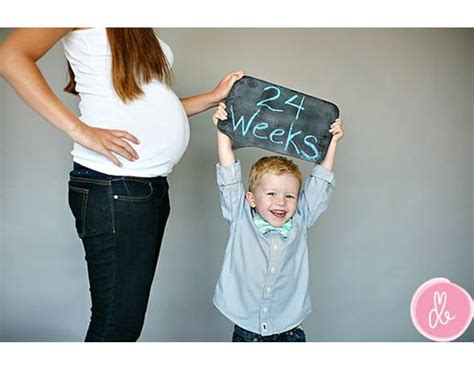 creative ways   weekly bump  siblings baby
