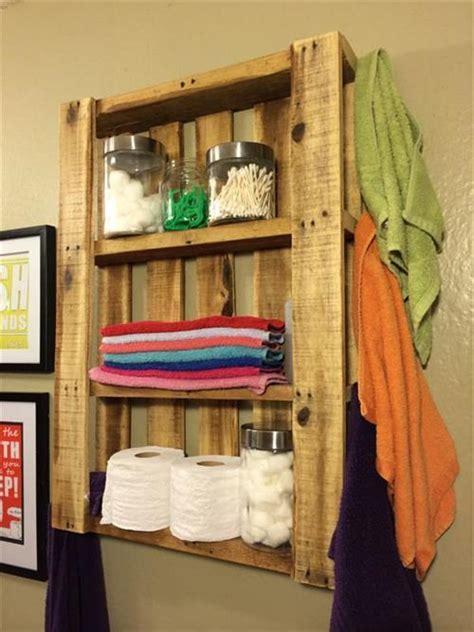 DIY Pallet Bath Room Shelves   Pallets Designs