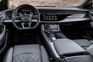 Audi Q8 Interieur : audi q8 une superbe d monstration de force ~ Medecine-chirurgie-esthetiques.com Avis de Voitures