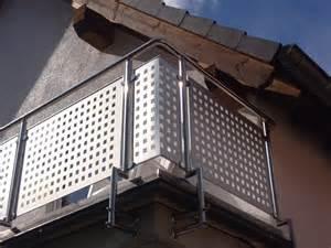 balkon aus aluminium balkongeländer edelstahl mit alu lochblech balkon geländer eur 149 90 picclick de