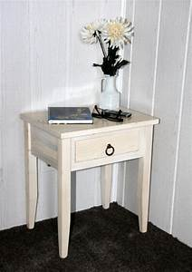 Beistelltisch Holz Massiv : nachttisch cremewei lasiert nachtkommode beistelltisch holz massiv ~ Indierocktalk.com Haus und Dekorationen