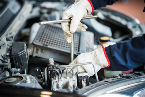 Auto Mechanic Career Information by Why The Average Age Of Vehicles On The Road Is Rising And
