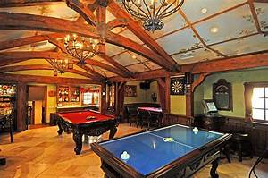 Which Game Room Do You Prefer? Homes of the Rich