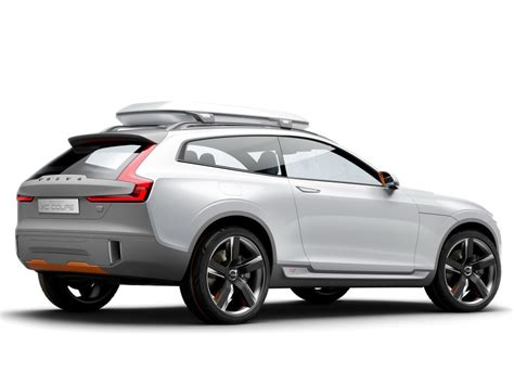 Volvo Car : Next-gen Volvo V40 To Spawn Xc40 Crossover And Phev