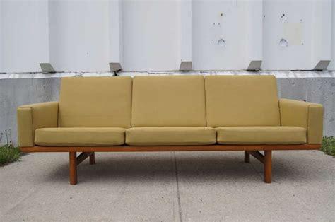 Three-seater Sofa By Hans Wegner For Getama At 1stdibs