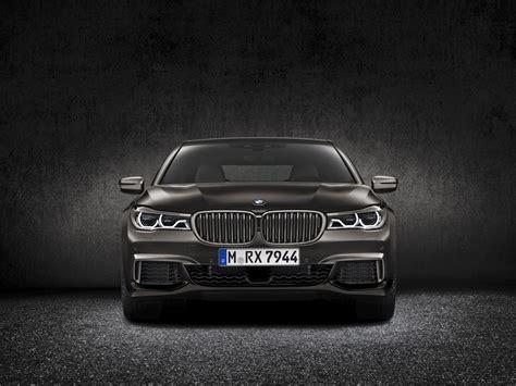 Bmw Highlights The New V12 In The M760li Xdrive