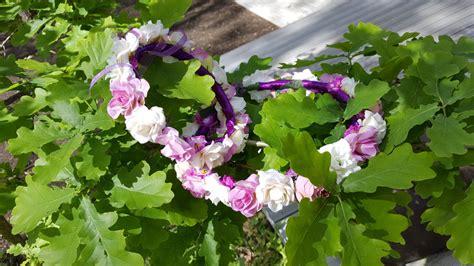 Ziedu vainagi - Mākslīgo ziedu dekori, ziedu sienas ...