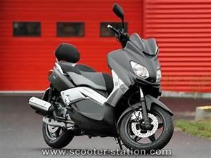 Accessoire Xmax 125 : yamaha x max 125 sport 2012 2013 votre essai maxitest scooter moto station ~ Melissatoandfro.com Idées de Décoration
