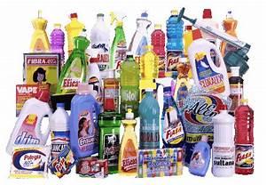 Cada hogar gasta 164 € en productos de limpieza Derroche nocivo Detergentes Solyeco
