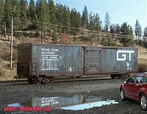 GTW 6039 Auto Parts Boxcar QuotYogiquot 72