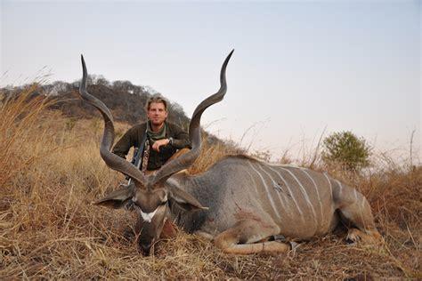 trump donald hunting animals eric sons jr killed exotic animales kudu dead trophy caccia animali trumps game africa elephant safari
