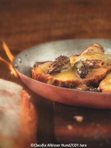 cuisiner des morilles fraiches poulet de bresse au vin jaune et aux morilles recipe