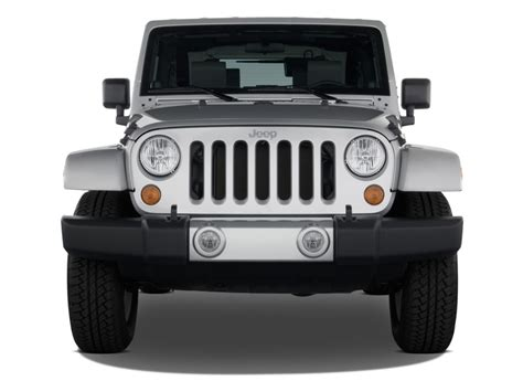 jeep front view image 2008 jeep wrangler 4wd 2 door sahara front exterior