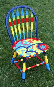 The passionate maker: Project: Repainting a kitchen chair