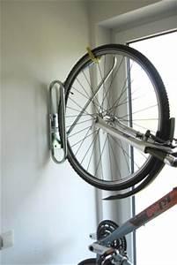 Fahrrad Wandhalterung Design : fahrradhalter wandmontage wohn design ~ Frokenaadalensverden.com Haus und Dekorationen