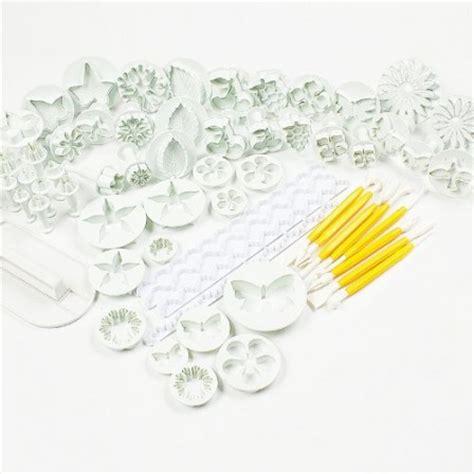 fabriquer des emporte pieces cuisine pâte à sucre pâte d 39 amande ustensiles accessoires matériel emporte pièces tons