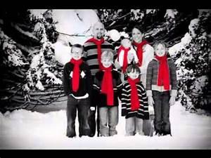 Creative Family christmas picture decor ideas