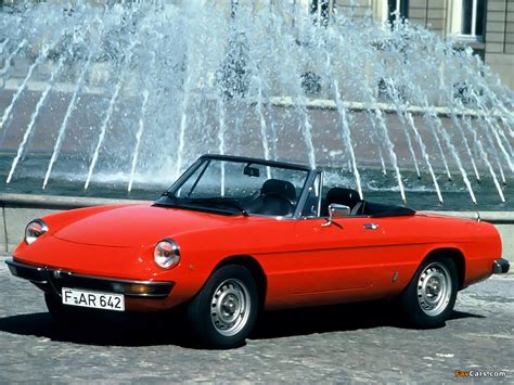 1972 Alfa Romeo Spider Photos, Informations, Articles