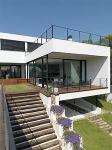 Haus Von Schwarz Und Weiß : eine fusion von schwarz und wei ultra modernes ger umiges offenes haus architektur in 2019 ~ A.2002-acura-tl-radio.info Haus und Dekorationen