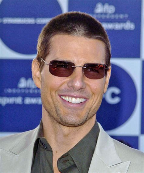 tom cruise casual short straight hairstyle light