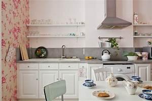 Cuisine Blanche Plan De Travail Gris : une cuisine blanche avec plan de travail gris ~ Melissatoandfro.com Idées de Décoration