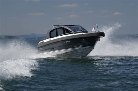 Motorboat Icc by Rya Powerboat Level 2 International Certifice Competence