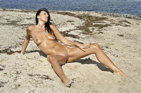 Erotic Beach Babes Session 7 35 Pics Xhamster