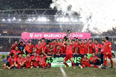 vietnam   malaysia  win aff suzuki cup  fox