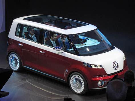 volkswagen new van volkswagen bulli concept geneva 2011 photo gallery autoblog