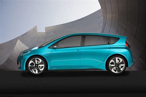 2018 Toyota Prius C Concept Wallpaper Conceptcarzcom