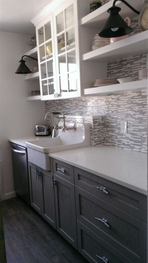 Boat Cleats For Kitchen Cabinets by White Quartz Counter Tops Open Shelving Tile
