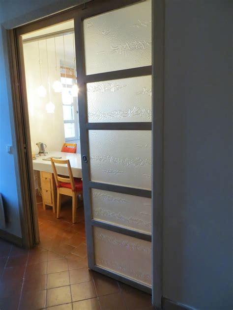 Porte Coulissante Translucide