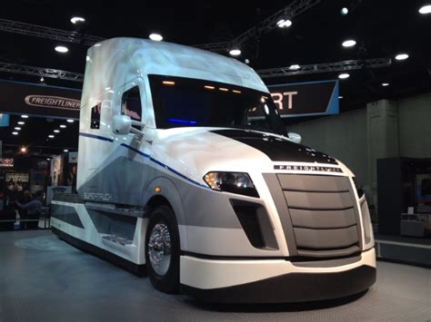 top  locations  buy freightliner parts
