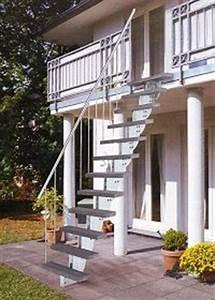 uber 1000 ideen zu aussentreppe stahl auf pinterest With französischer balkon mit treppen im garten