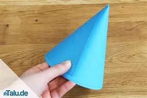 Hut Aus Papier : papierhut falten aus zeitung bzw tonpapier basteln ~ Watch28wear.com Haus und Dekorationen