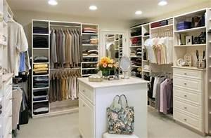 Begehbarer Kleiderschrank Dachgeschoss : begehbarer kleiderschrank planen 50 ankleidezimmer schick einrichten ~ Sanjose-hotels-ca.com Haus und Dekorationen