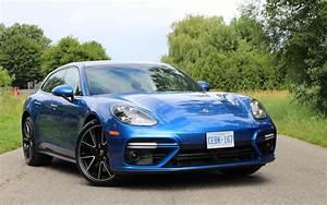 Porsche Panamera Hybride : porsche panamera turbo sport turismo 2018 la multiplication rapporte le reflet ~ Medecine-chirurgie-esthetiques.com Avis de Voitures