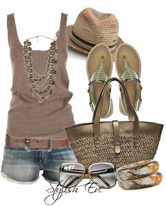 Casual Summer Fashion For Women Over 40 2018 | Become Chic