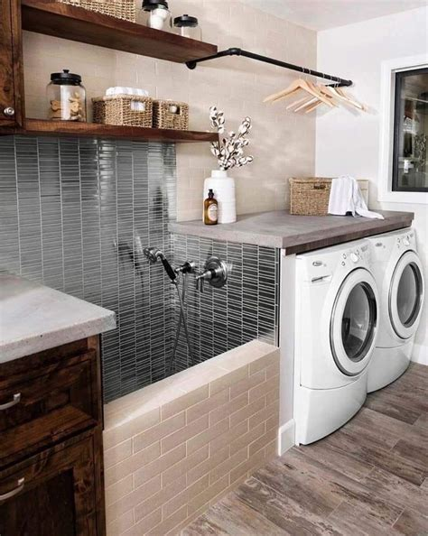 in laundry room bath credit goes to country do