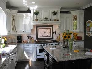 Eco friendly kitchen remodel ideas for Green kitchen cabinets for eco friendly homeowners
