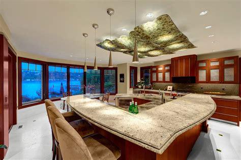 Mercer Island Luxury Waterfront Estate
