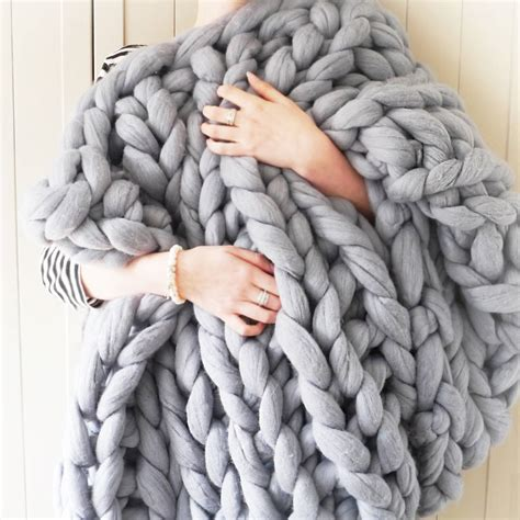 how to knit chunky blanket yarnscombe chunky hand knitted throw by lauren aston notonthehighstreet com
