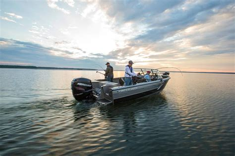 Crestliner Boats For Sale In Wisconsin by Crestliner 2250 Authority Boats For Sale In Wisconsin