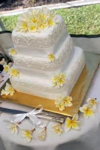 hawaiian wedding cake hawaiian wedding bouquet weddings in hawaii