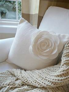 Felt Flower Pillow   Instructions Included