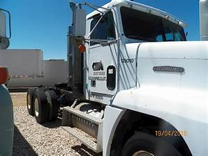 1989 Freightliner Fld120 Day Cab Truck For Sale