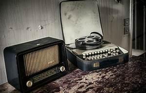 Wallpaper radio, tape, Typewriter images for desktop ...